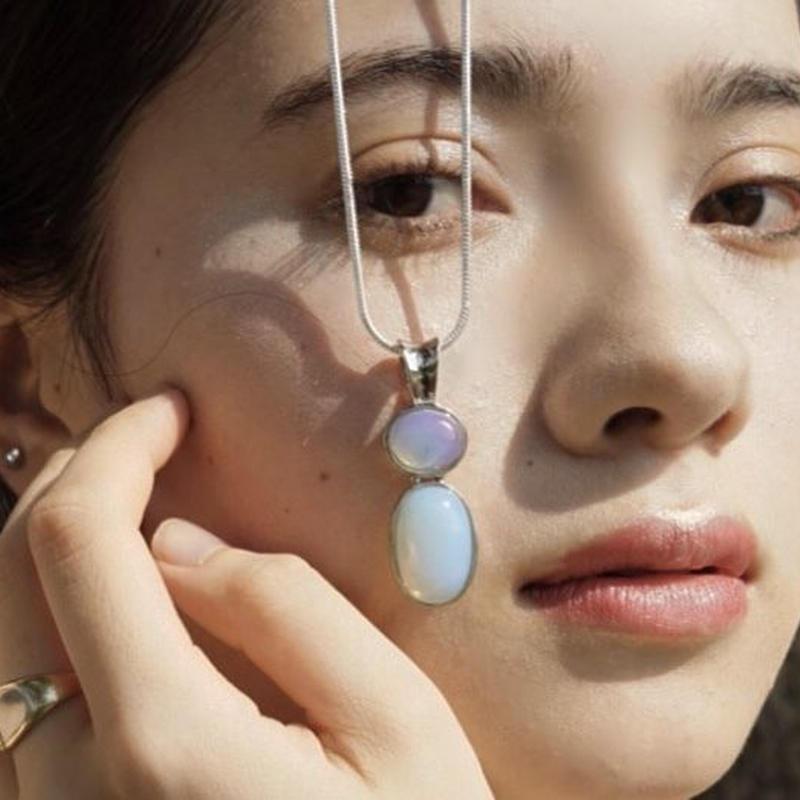 lac  opal choker
