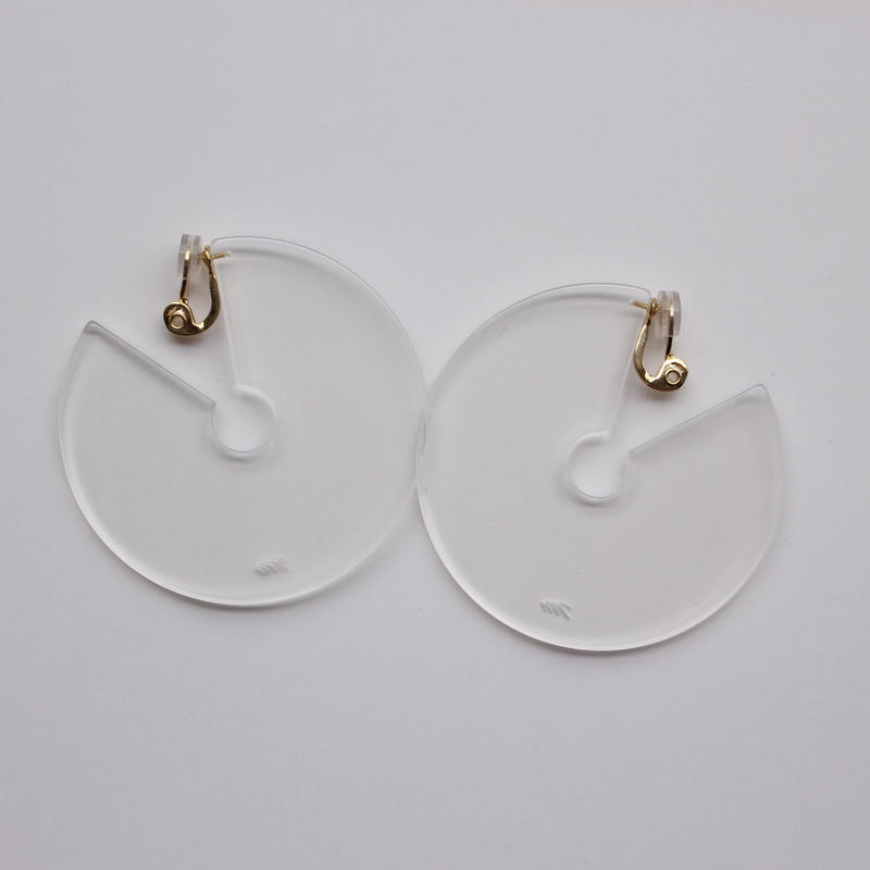 round shape pierce clear