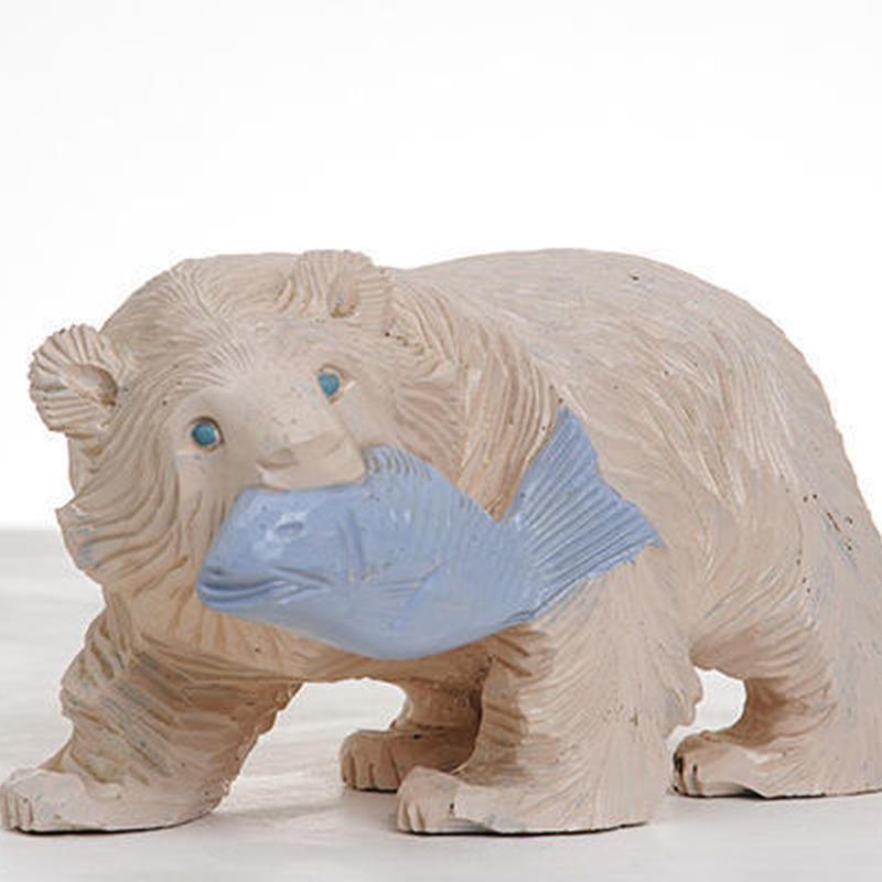 """玉井香織さんのリメイクもの""""木彫りの白クマ"""""""