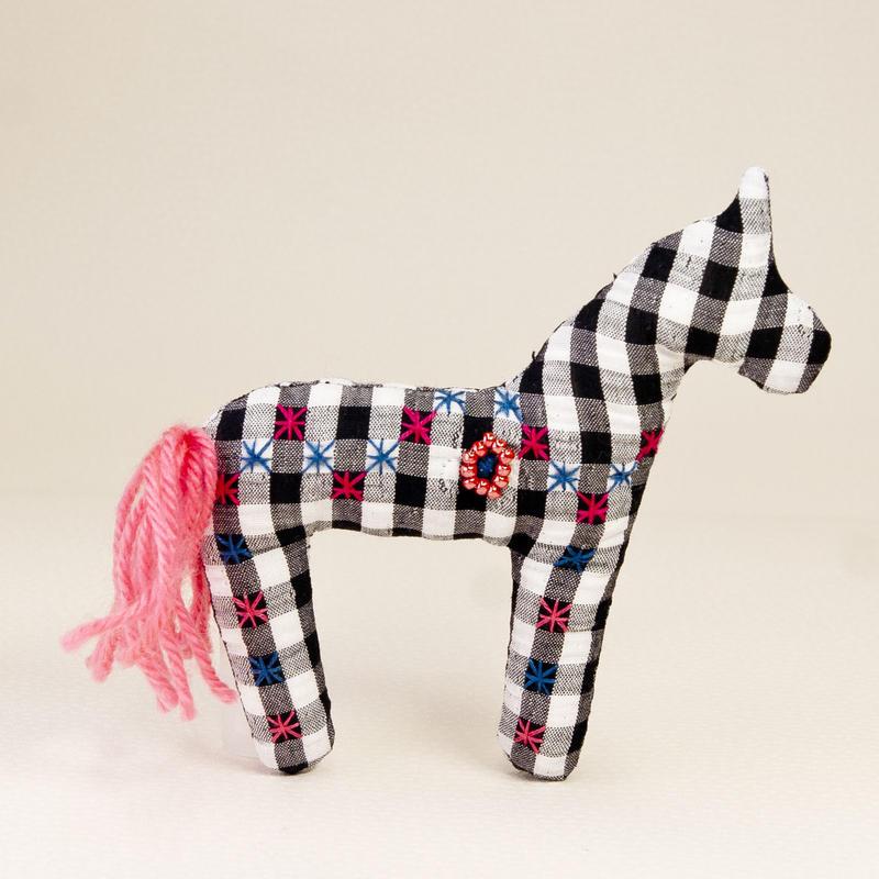 """COJAさんの""""A's Horse""""<刺しゅう>"""
