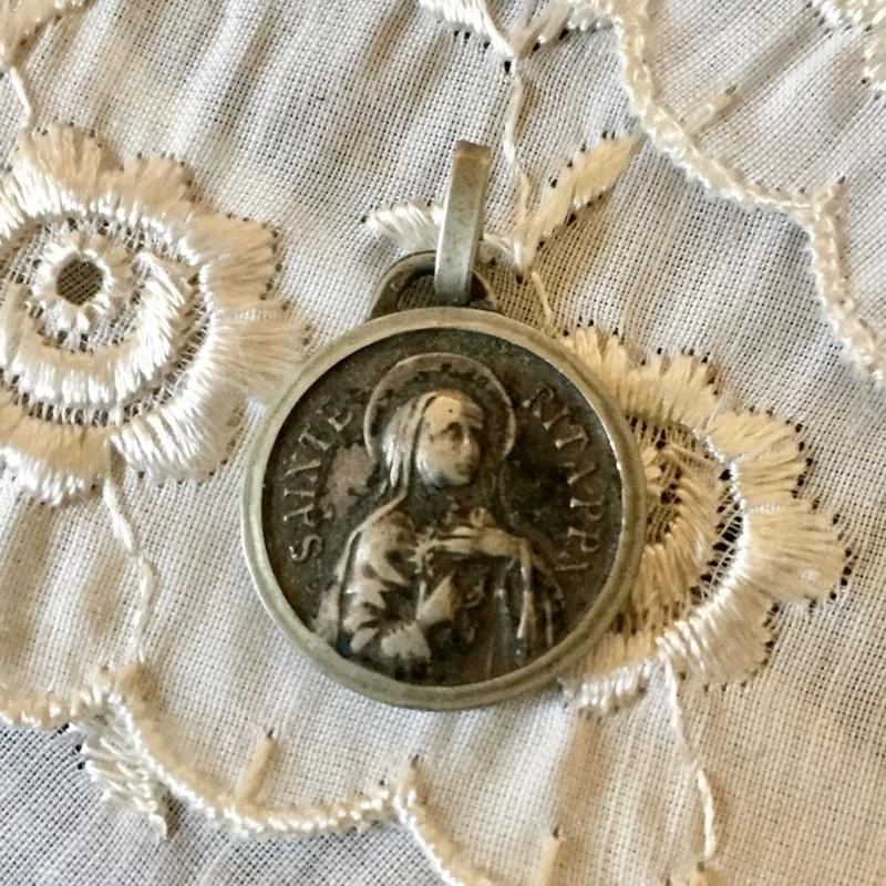 Antique Medaille or Charm (カッシアの聖リタ・メダイ)- type*L
