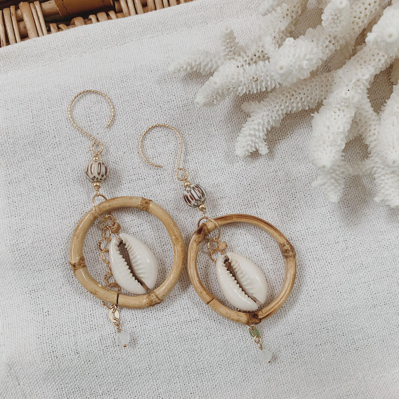 [14kgf] Bamboo × Cowrie  shell earrings