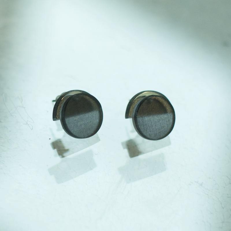 MMAA/oto21  pair pierce・earring (navy)