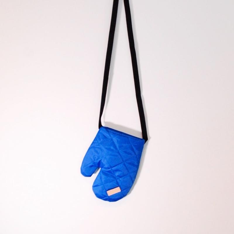 SACKVILLE/mitten(blue)