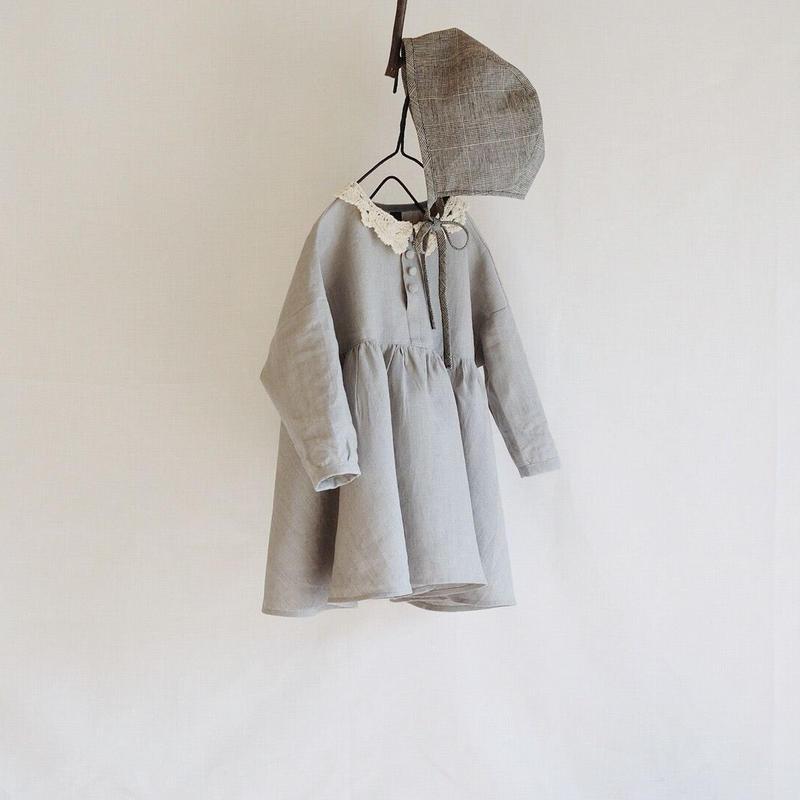 Ceremony children's clothing / image photo