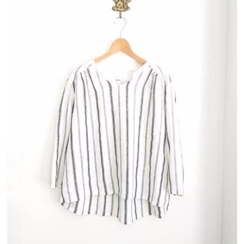 linene border blouse