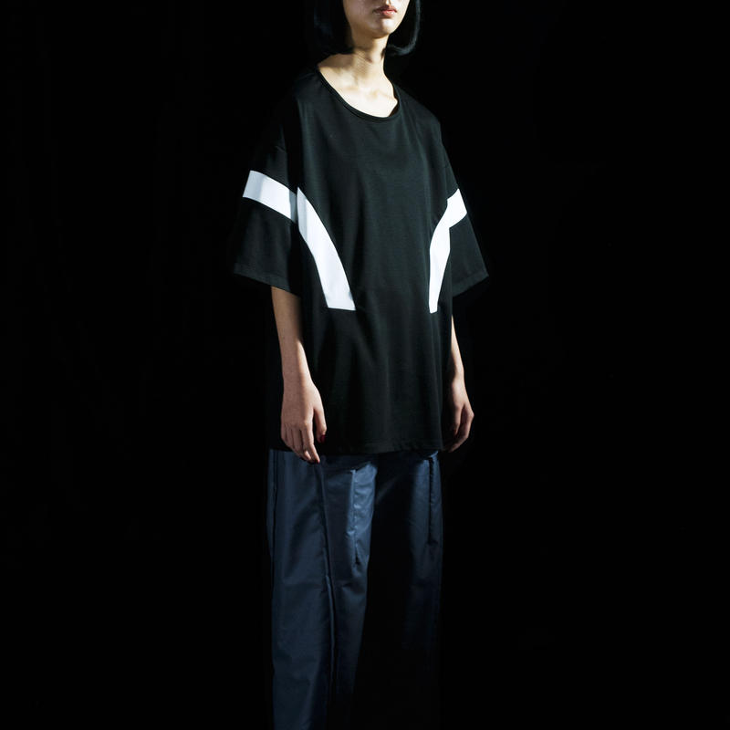 Floating Line T-shirt (black×white)