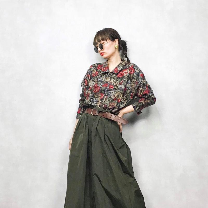 Retro black flower blouse
