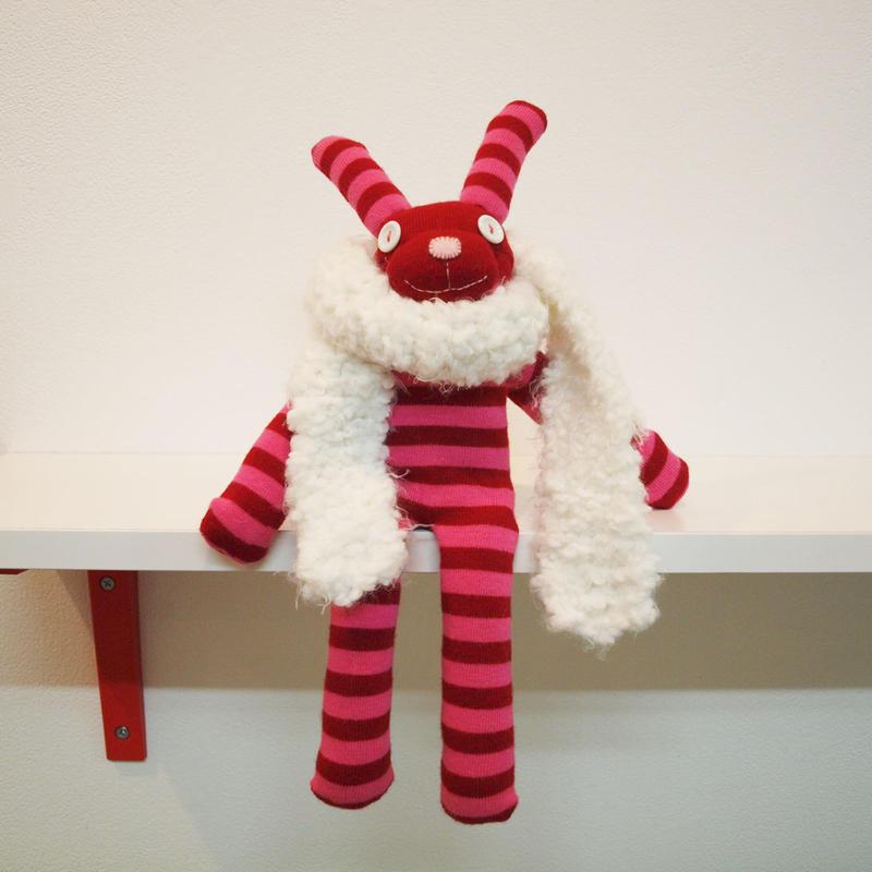 ソックパペット(ピンクボーダーウサギ)