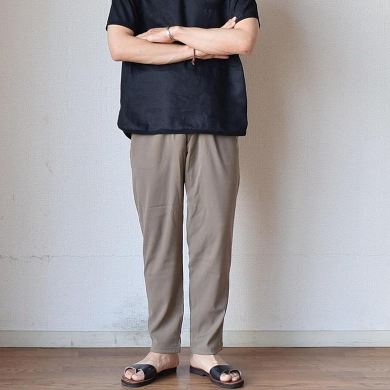 【定番パンツに待望の夏素材!】LA MOND ラモンド キュプラ リラックスパンツ カーキ/ブラック