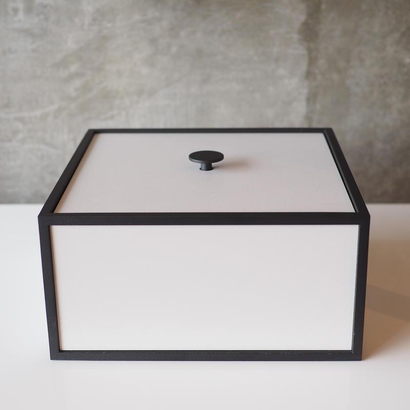 Frame20 / Light Gray【by lassen】