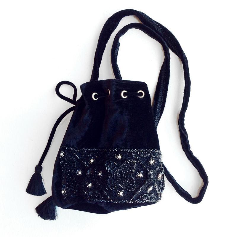 <women>ne Quittez pas(ヌキテパ) ベロア×ビーズ刺繍ポシェットVelvet Black Bijoux Bag(012182406) / ブラック