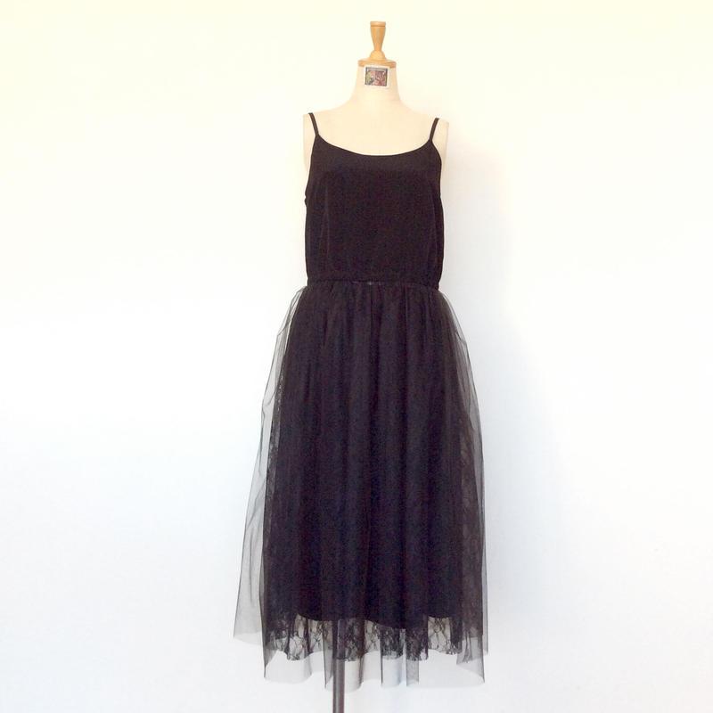 <women> MICA&DEAL(マイカ&ディール)チュールレーススカート・キャミソールワンピース(M18D231) / ブラック