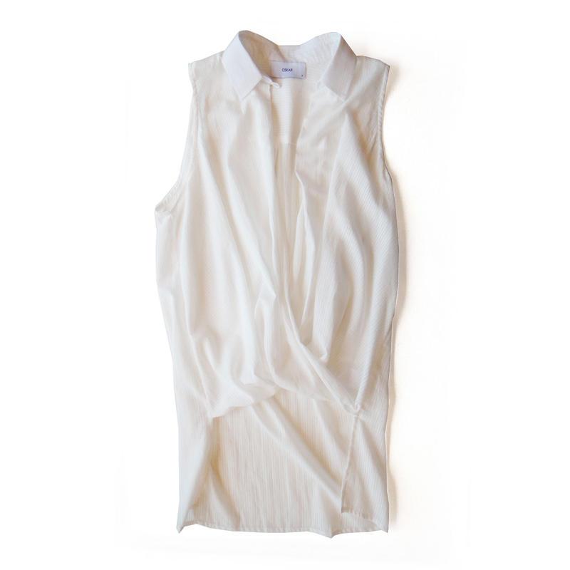 <women>OSKAR(オスカー)カシュクール襟付きノースリーブシャツ / ホワイト