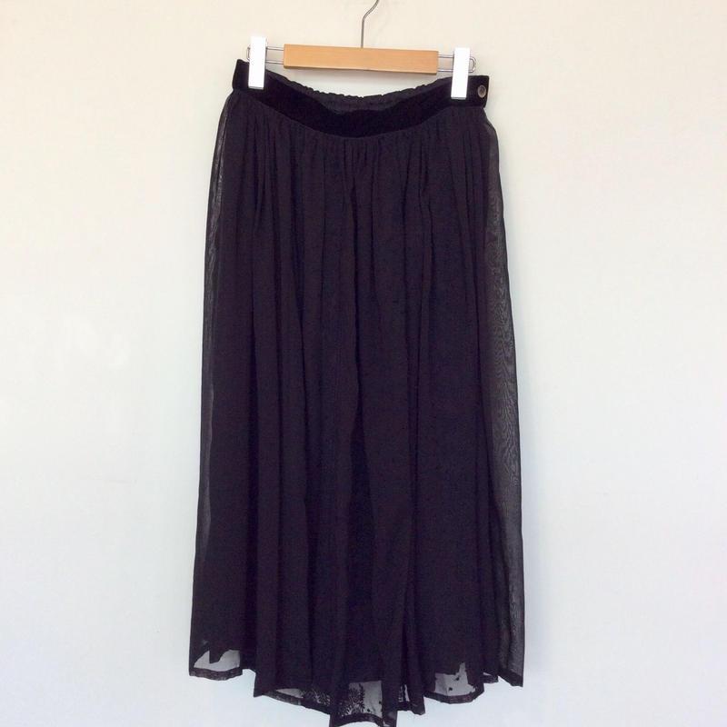 <women>Porter des boutons(ポルテ デ ブトン) 刺繍 ギャザースカート