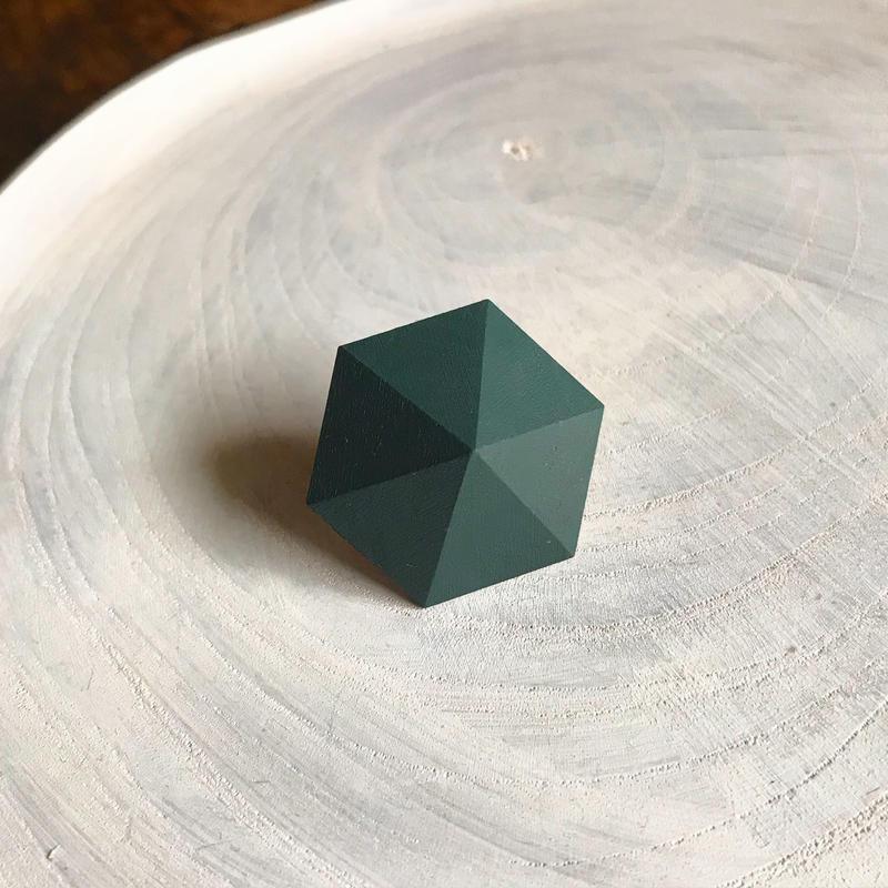 六角形ピアス(サファリグリーン)