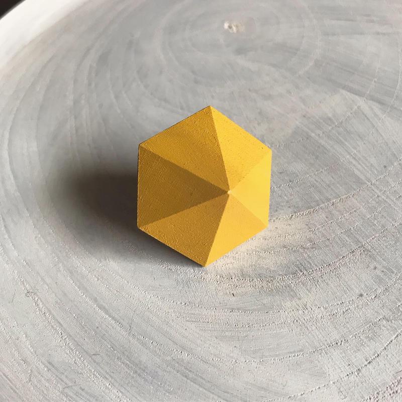 六角形イヤリング(イエロー)