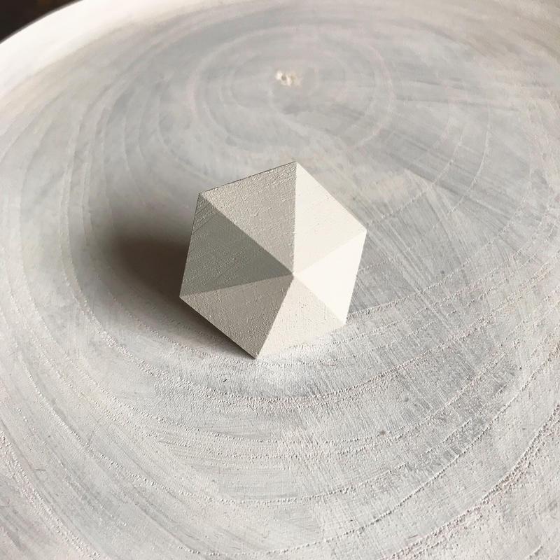六角形イヤリング(ホワイト)