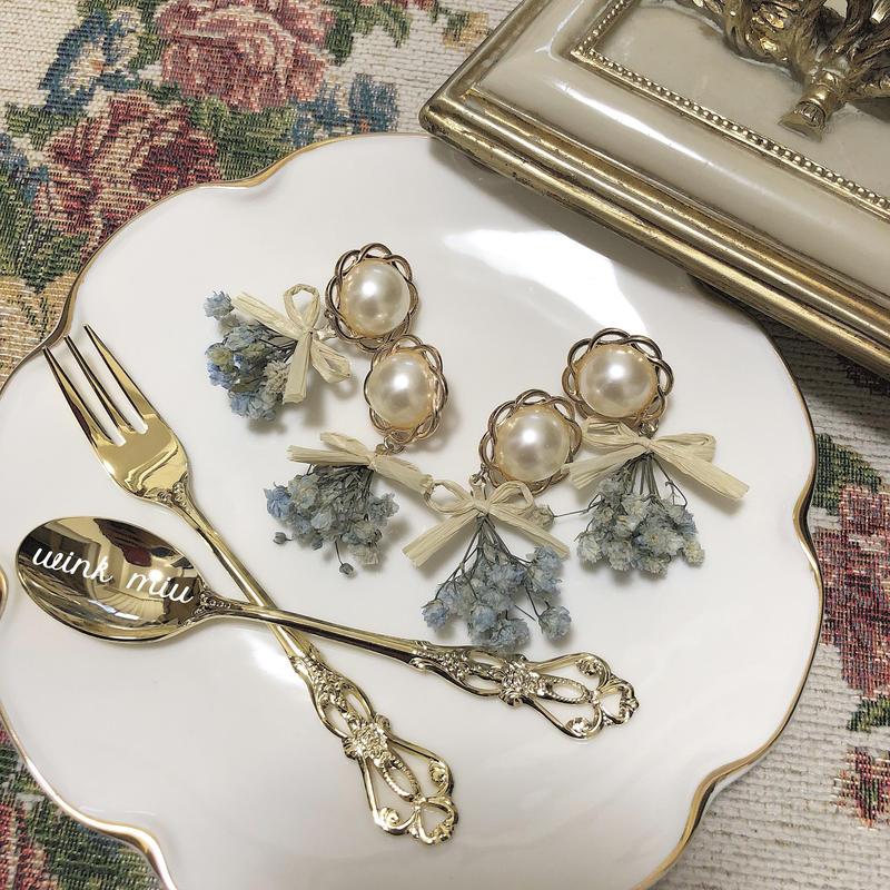 dryflower antique piece