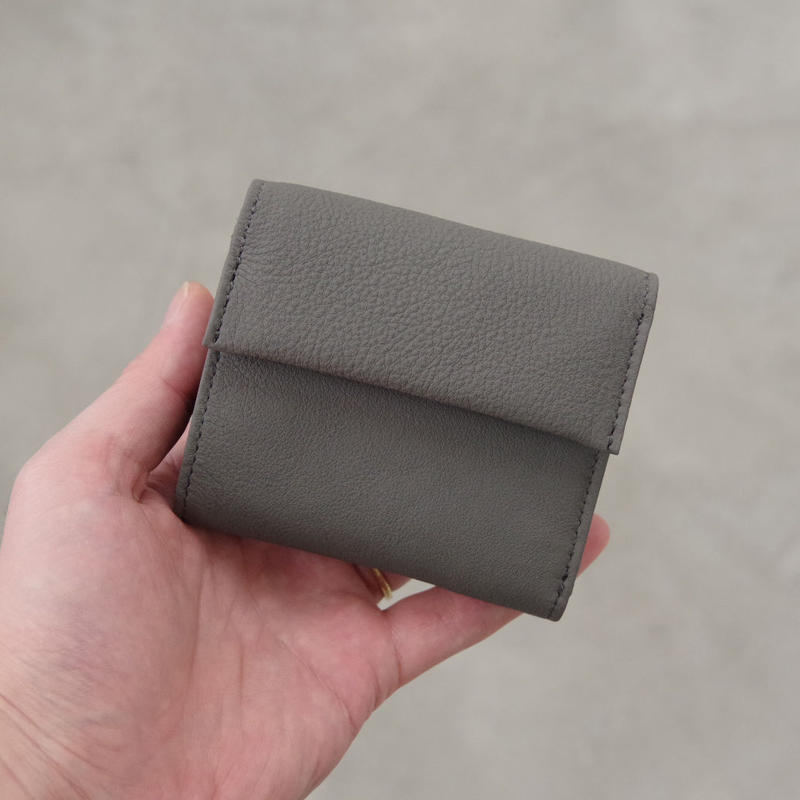 ERA. / BUBBLE CALF MINI WALLET / col.グレー
