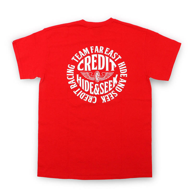 "HideandSeek × CREDIT  T-SHIRTS ""TEAM FAR EAST""・Red"