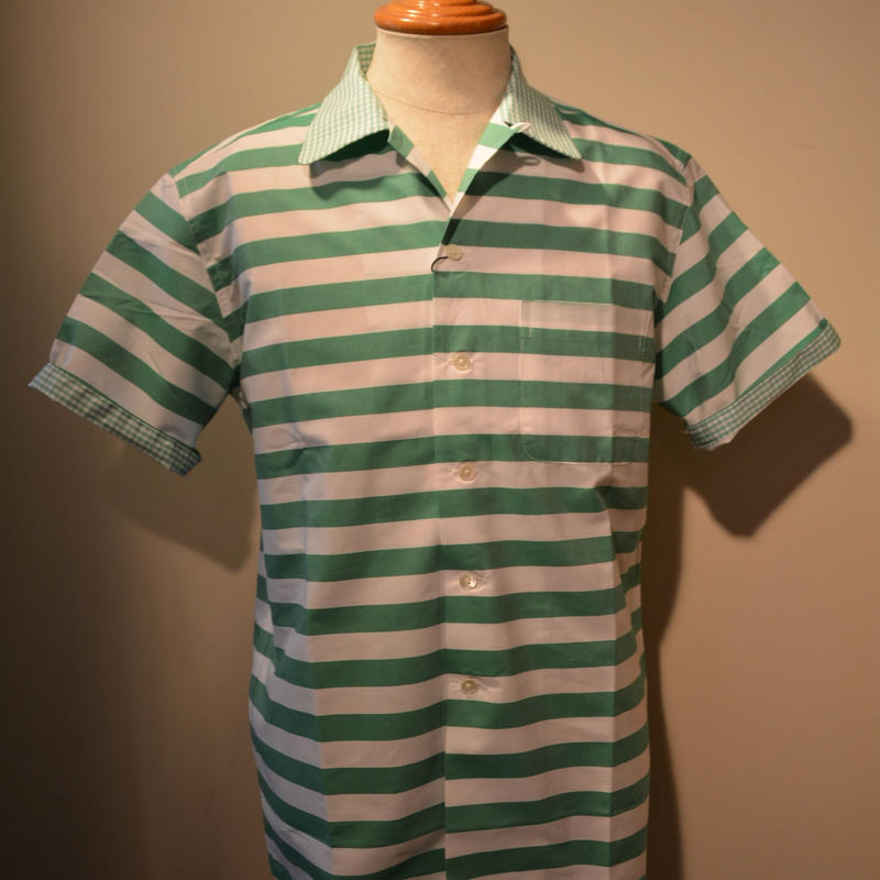 kenneth field open collar shirt -green border-