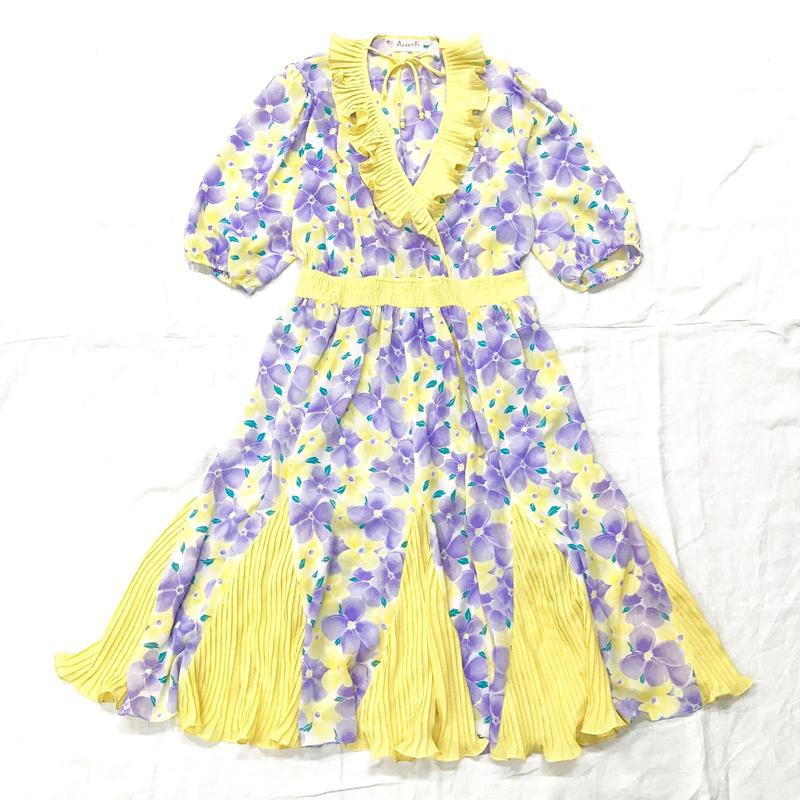 1980'S VINTAGE 「SUSAN Freis」花柄×プリーツデザインワンピース(YELLOW)[7046]