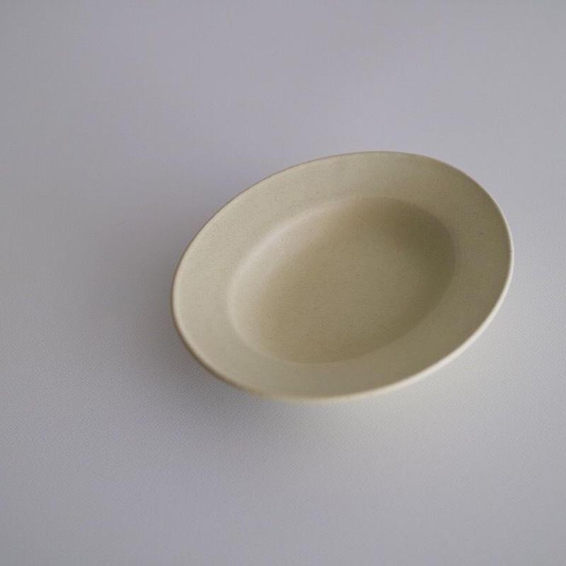 awabiware  楕円小皿 ・アイボリーマット