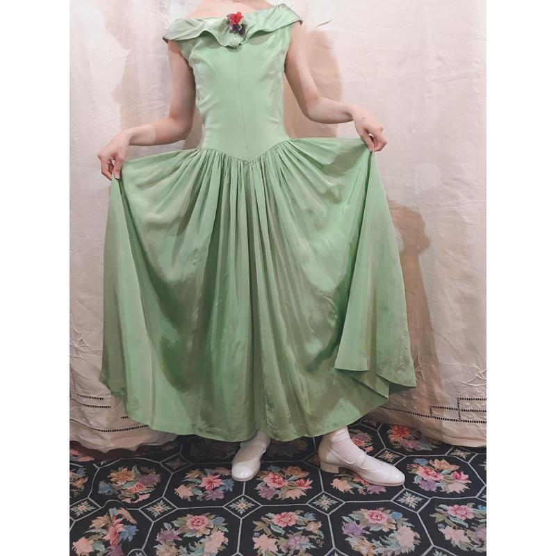 1940s Satin green dress