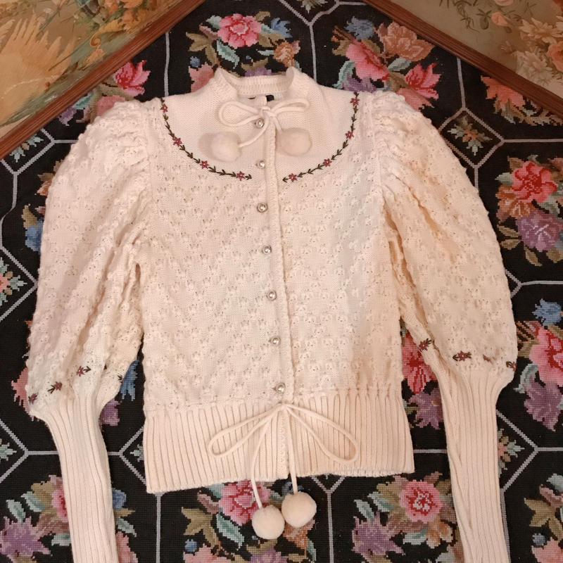 Vintage cardigan with Pom Pom