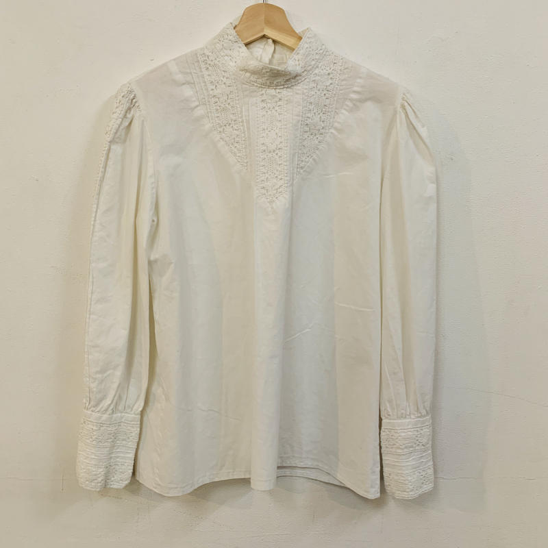 1970s victorian style cotton blouse