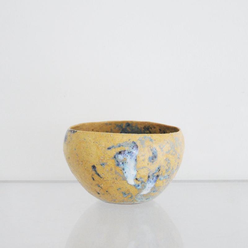 植木鉢 黄土色 - 藤本羊子