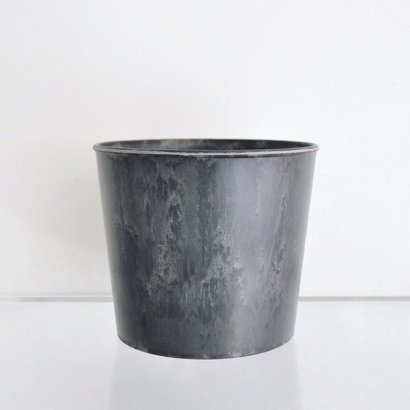 plastic pot Thin M