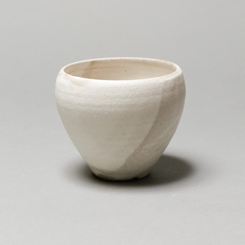 Matte white bowl pot