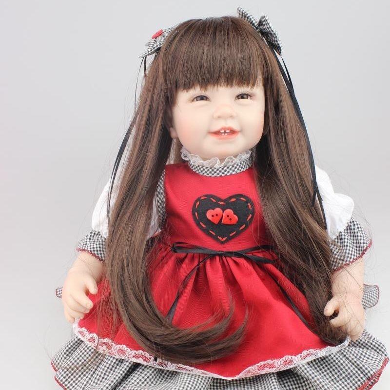リボーンドール プリンセスドール トドラードール 抱き人形 赤ちゃん人形 ベビードール 女の子 お嬢様 お姫様 ハンドメイド リアル 高級 服 衣装付き かわいい ロングヘア 笑顔 シックな赤のドレス