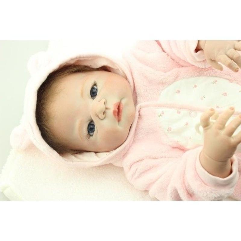 リボーンドール リアル赤ちゃん人形 フルシリコンビニール 女の子 お風呂OK かわいいベビー人形お世話セット ハンドメイド フードつきベビー服の赤ちゃん