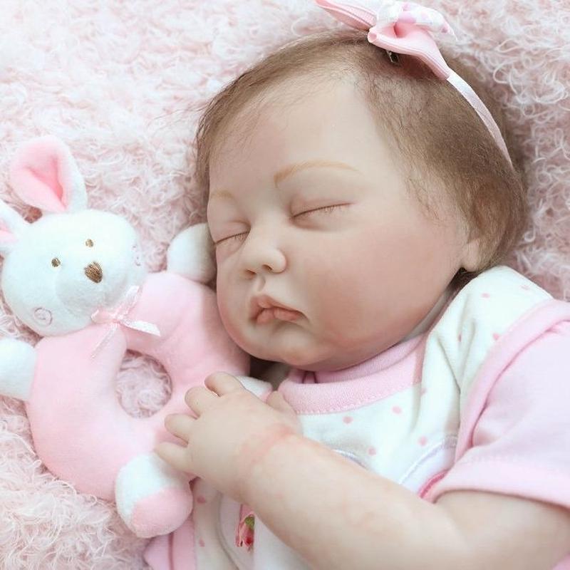 リボーンドール 赤ちゃん人形 ベビー人形 ベビードール 海外ドール リアル ハンドメイド 高級 服 衣装付き かわいい いいゆめ見てね♪ ぐっすりすやすや 寝顔 ピンクの女の子