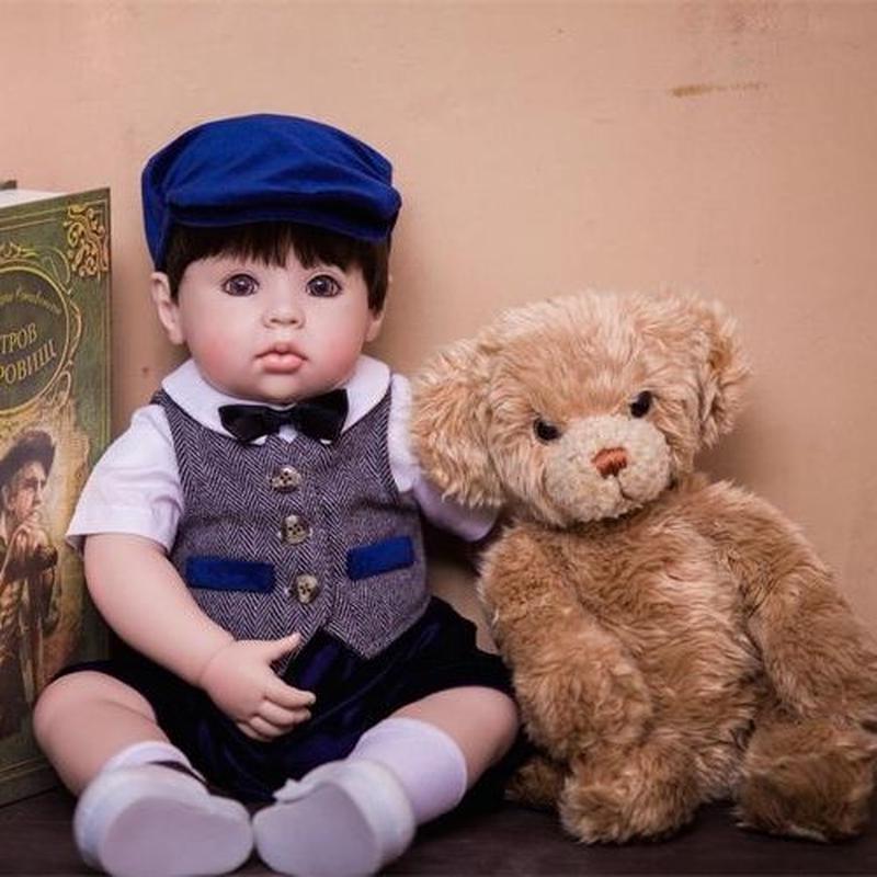 リボーンドール プリンセスドール トドラードール 抱き人形 赤ちゃん人形 ベビードール ハンドメイド リアル 高級 服 衣装付き かわいい クマさんと一緒 ネクタイ ベスト お帽子 おめかし男の子