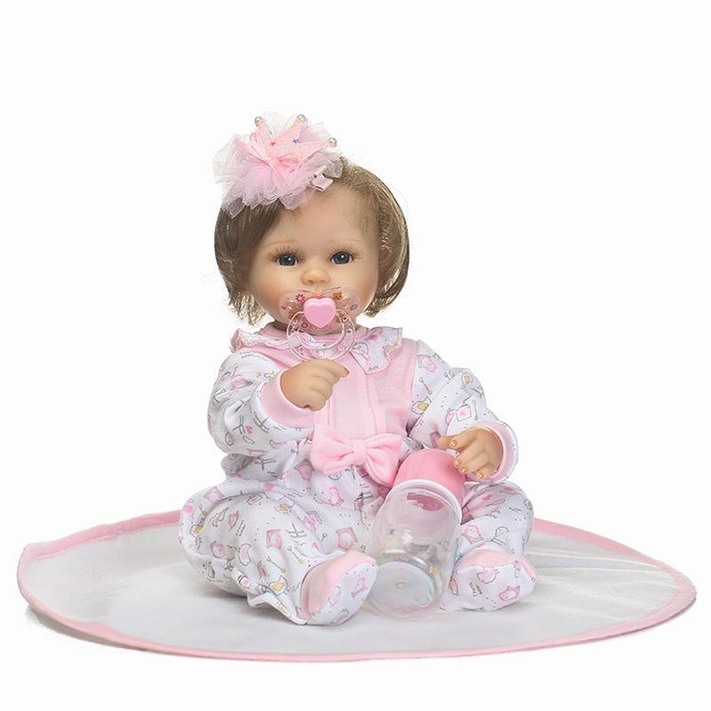 リボーンドール リアル赤ちゃん人形 小さめ40cm かわいいベビー人形 ハンドメイド海外ドール 衣装とおしゃぶり・哺乳瓶付き ぱっちり目 ブルーアイ 外国の乳児ちゃん