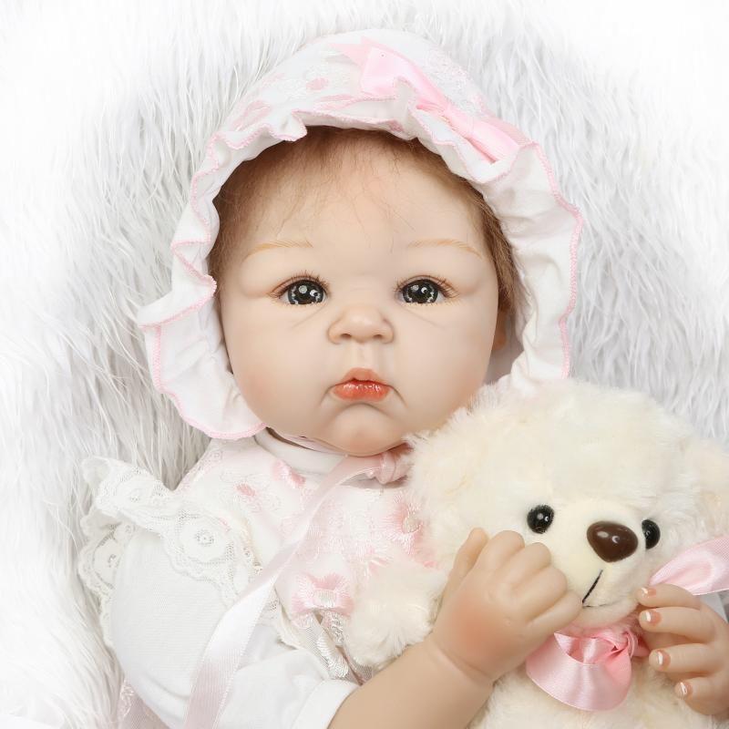 リボーンドール リアル赤ちゃん人形 本物そっくり かわいいベビー人形 ハンドメイド海外ドール 衣装・ぬいぐるみ付き グレーアイ 優しいお顔 かわいい女の子