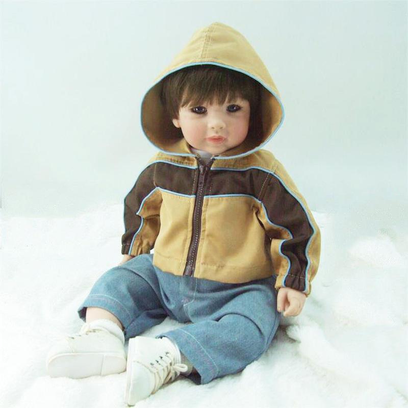 トドラー人形 男の子 ボーイ リボーンドール 抱き人形 高級ハンドメイド海外ドール かわいい幼児ちゃん人形 衣装付き ハンサムなスポーツウェアの男の子