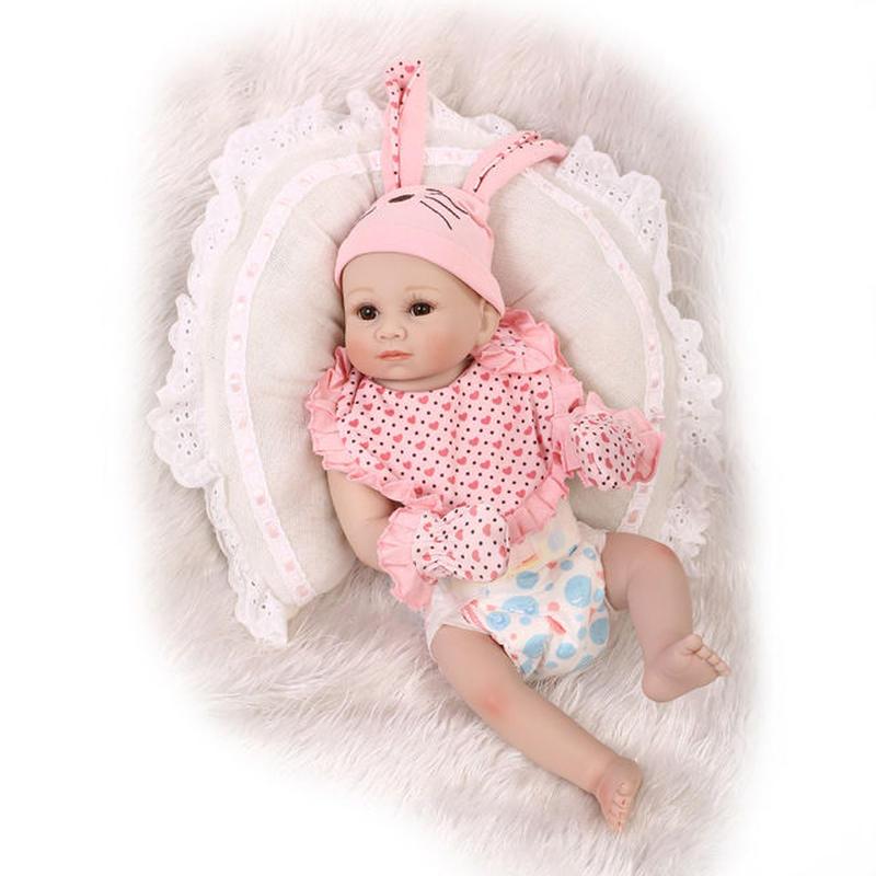 リボーンドール リアル赤ちゃん人形 フルシリコンビニール 女の子 入浴可能 かわいいベビー人形お世話セット ハンドメイド ブラウンアイ うさ耳帽子