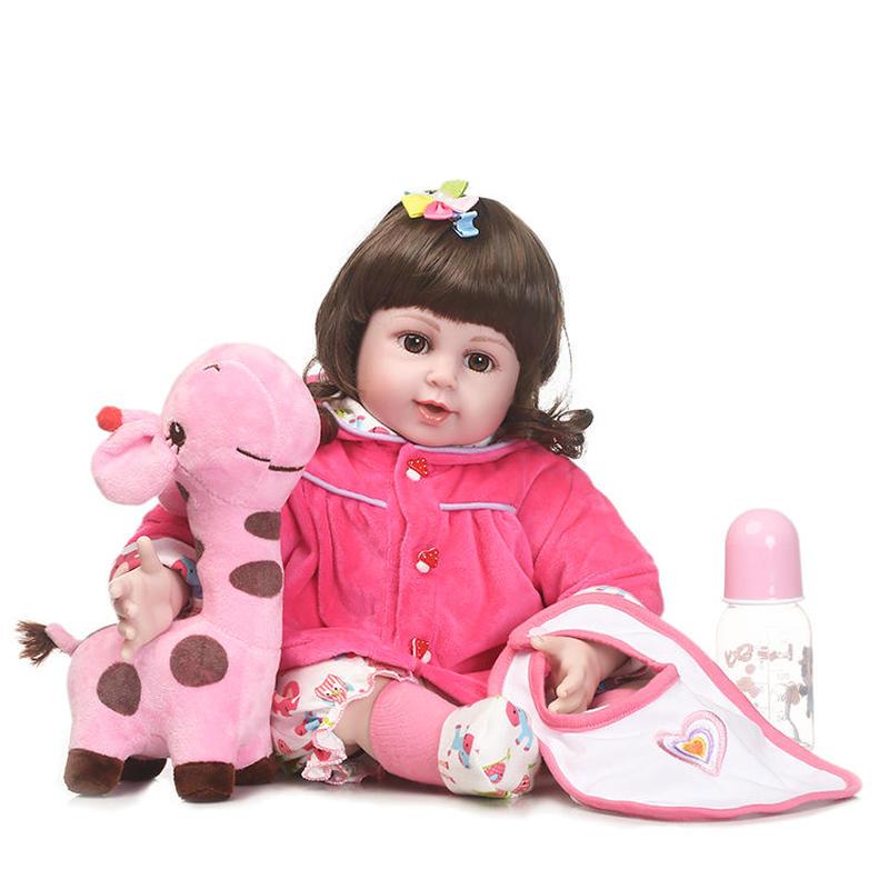 リボーンドール 赤ちゃん人形 ベビー人形 ベビードール 海外ドール リアル ハンドメイド 高級 服 衣装付き かわいい ラブリーな前髪 きりんさんと一緒 はつらつお嬢様♪
