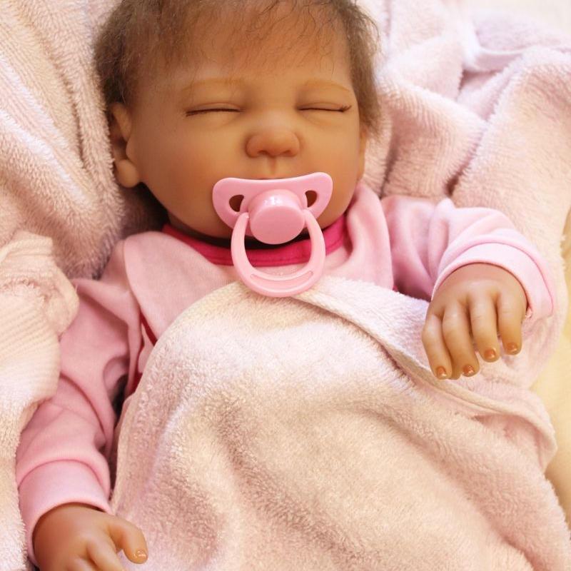 リボーンドール リアル赤ちゃん人形 本物そっくり かわいいベビー人形 ハンドメイド海外ドール 衣装付き クローズアイ ぐっすり熟睡中 本物みたいな乳児ちゃん
