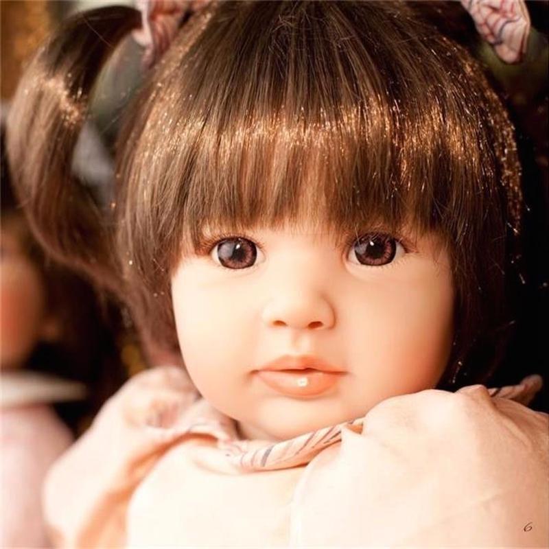 プリンセスドール トドラードール 抱き人形 赤ちゃん人形 ベビードール ハンドメイド リアル 高級 服 衣装付き かわいい つぶらな瞳 二つ結びの女の子 ピンクのワンピース お嬢様 お姫様人形