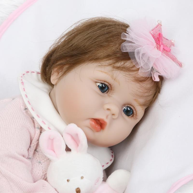 リボーンドール 赤ちゃん人形 ベビー人形 ベビードール 海外ドール リアル ハンドメイド 高級 服 衣装付き かわいい うさぎさんとおねむ ♪ ピンクのお洋服の女の子 乳児  本物のようなお髪
