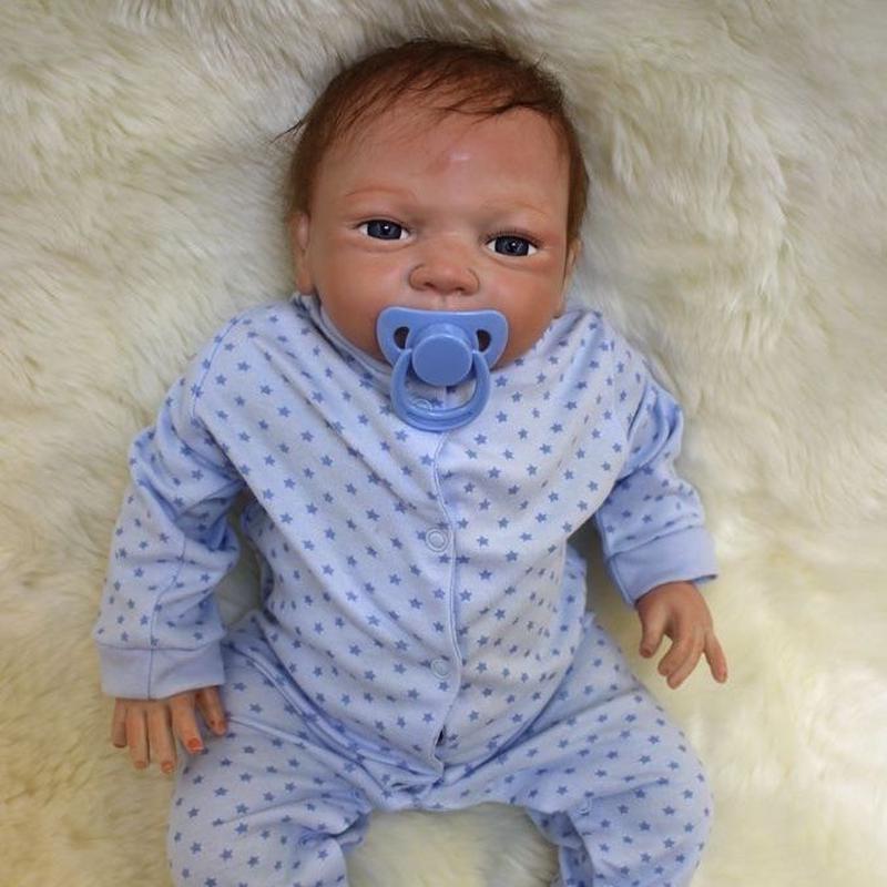 リボーンドール リアル赤ちゃん人形 本物そっくり かわいいベビー人形 ハンドメイド海外ドール 衣装付き ブルーアイ 外国の男の子 本物みたいな乳児ちゃん