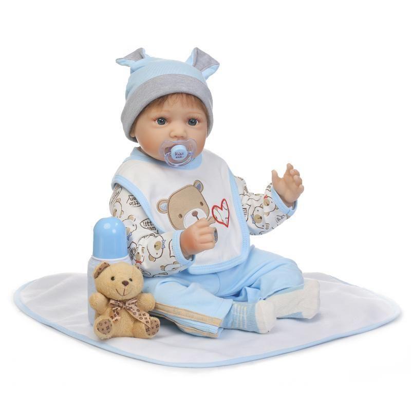 リボーンドール 赤ちゃん人形 ベビー人形 ベビードール 海外ドール リアル ハンドメイド 高級 服 衣装付き かわいい クマと一緒の男の子