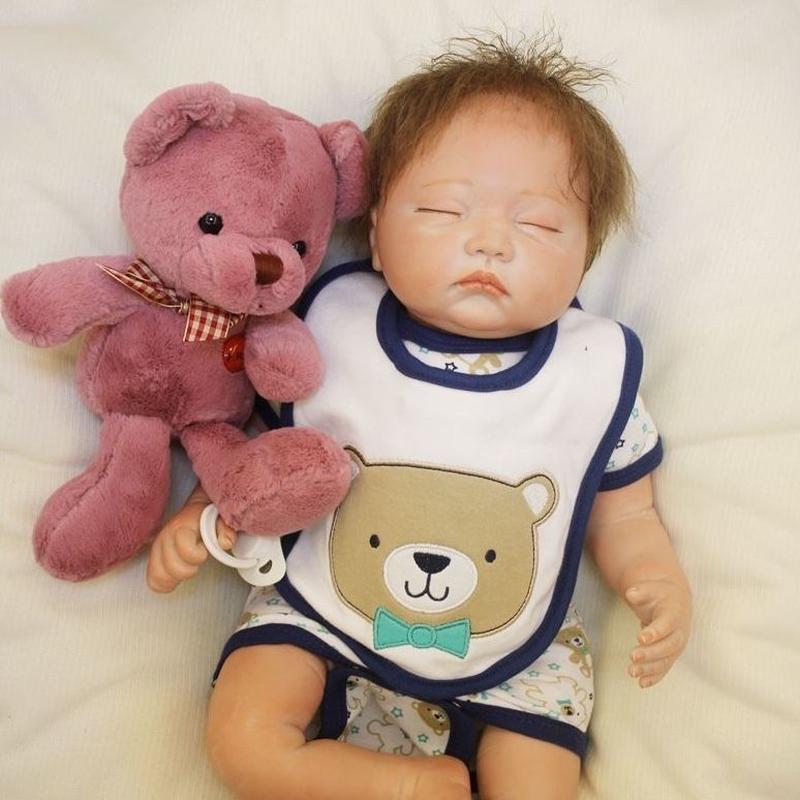 リボーンドール リアル赤ちゃん人形 本物そっくり かわいいベビー人形 ハンドメイド海外ドール 衣装付き クローズアイ ぐっすり熟睡中の男の子 本物みたいな乳児ちゃん ぬいぐるみ付き
