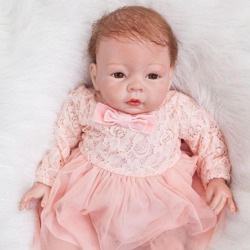リボーンドール 赤ちゃん人形 ベビー人形 ベビードール 海外ドール リアル ハンドメイド 高級 服 衣装付き かわいい 生まれたばかりの新生児ちゃん 乳児 ピンクのドレス